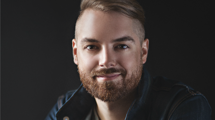 Justin Reves | Chief Storyteller at Pidgeon Social | Digital Marketing & Media Strategist