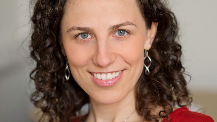 Francesca Gino | Author of Sidetracked and Rebel Talent | Behavioral Scientist | Harvard Business School Professor