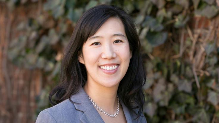 Laura Huang | Harvard Business School Professor | Author of EDGE (2020)