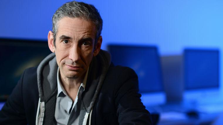 Douglas Rushkoff | Author of Team Human, Throwing Rocks at the Google Bus, and Present Shock