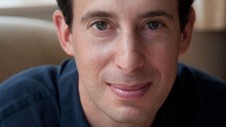 Eric Klinenberg | Co-Author of NYT Bestseller Modern Romance with Aziz Ansari, Author of Going Solo