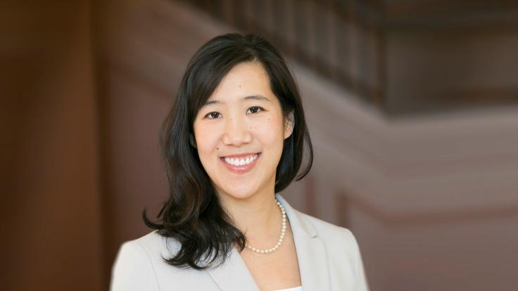 Laura Huang | Harvard Business School Professor | Author of Edge