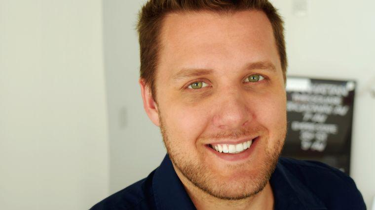 Mark Manson | Motivational Speaker | Author of The Subtle Art of Not Giving a F*ck