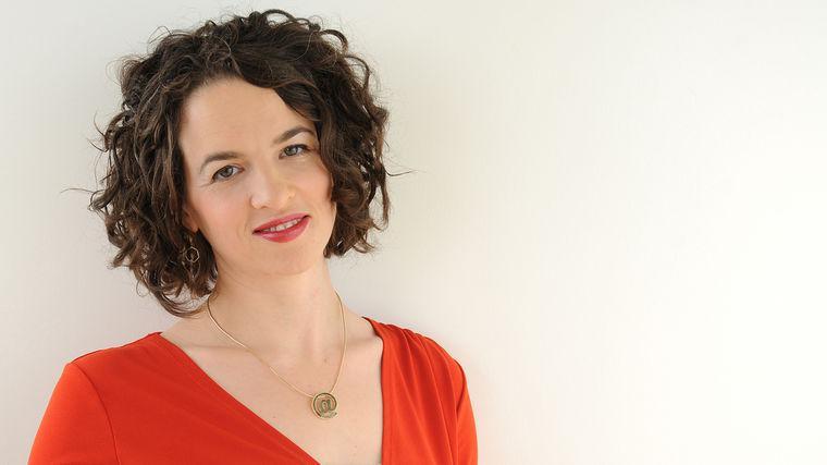 Alexandra Samuel | Harvard Business Review Contributor & Former VP Social Media, Vision Critical